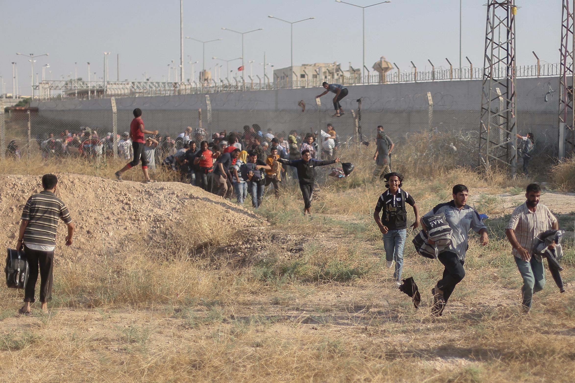 Turkish Military Shot Demonstration of Kurds in Syria & Killed Teenager