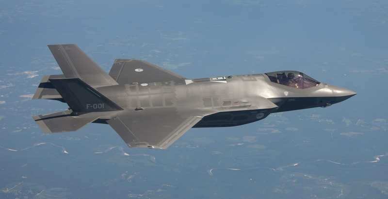 US F-35A 5th-Generation Fighter Caught Fire During Training Flight