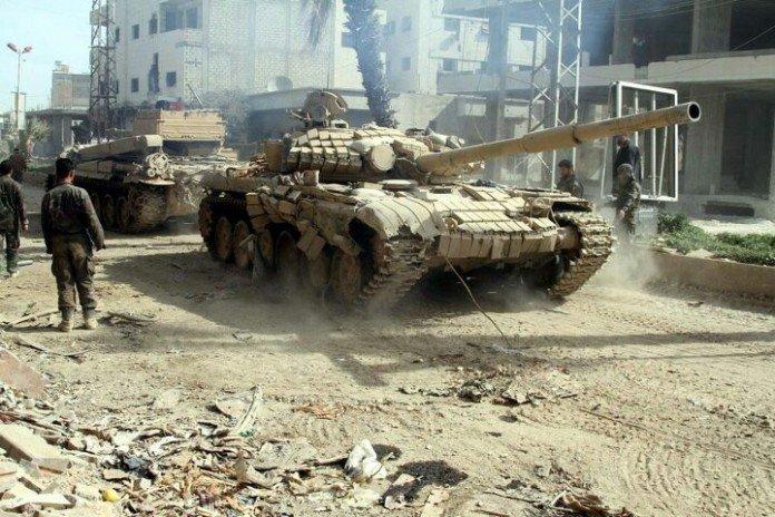 Syrian Army infiltrates ISIS area in Deir Ezzor, detonates explosives behind enemy lines