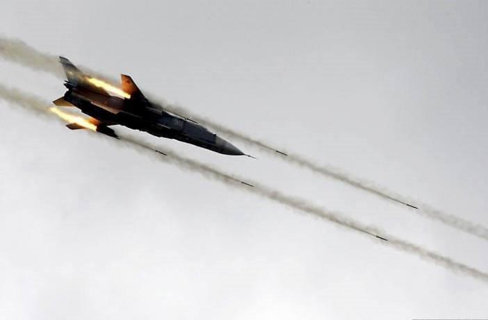 Syrian Air Force unleashes hell on jihadists in Deir Ezzor and Hama