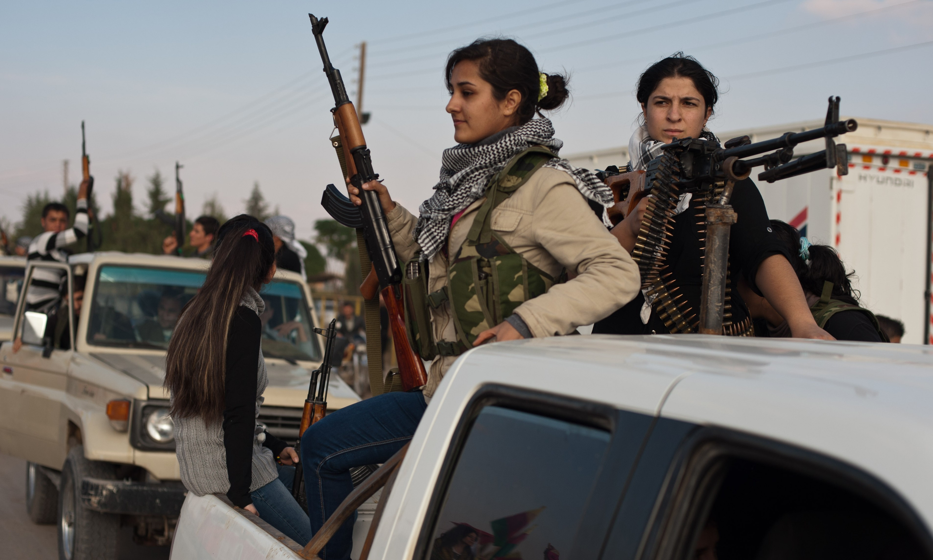 Syrian Kurds Demand Recognition of Rojava Federal Project & Weapons from US as Condition to Fight for Raqqa