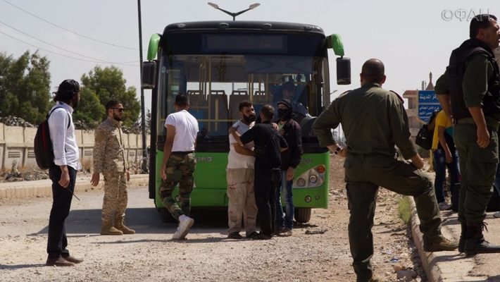 120 Terrorists with Their Families Transported from Al-Waar to Northern Homs (Photo & Video)