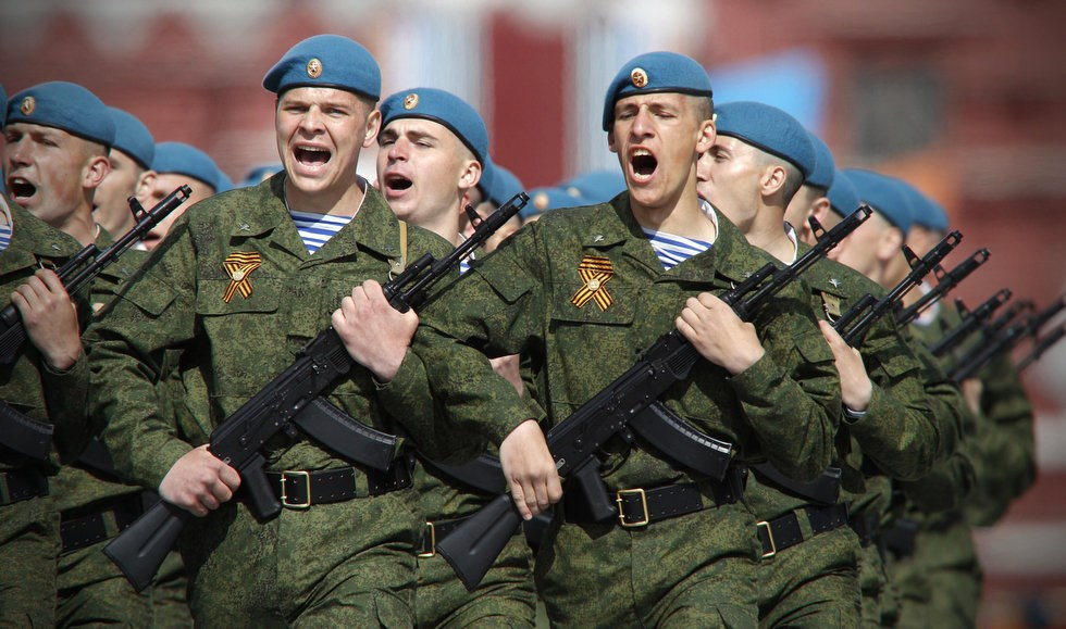 Russian to Send Its Airborne Troops & Military Hardware to Egypt
