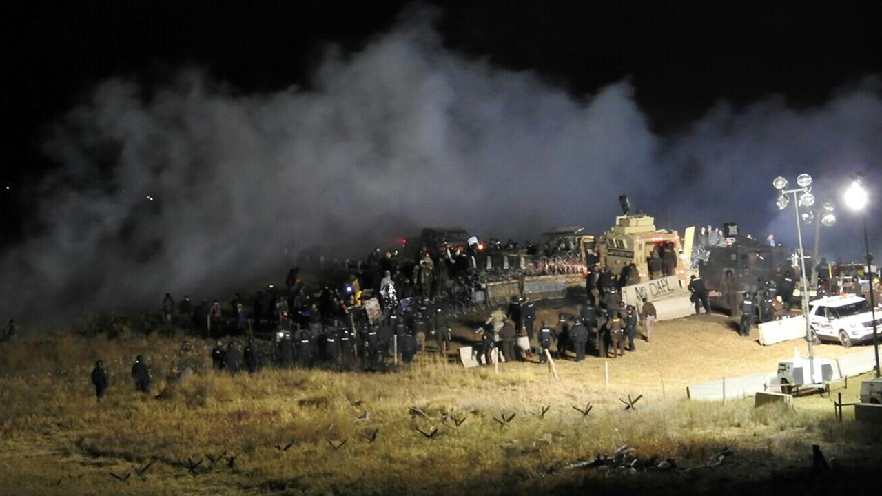 Police Threw Grenade at Dakota Access Pipeline – Activist Faces Amputation