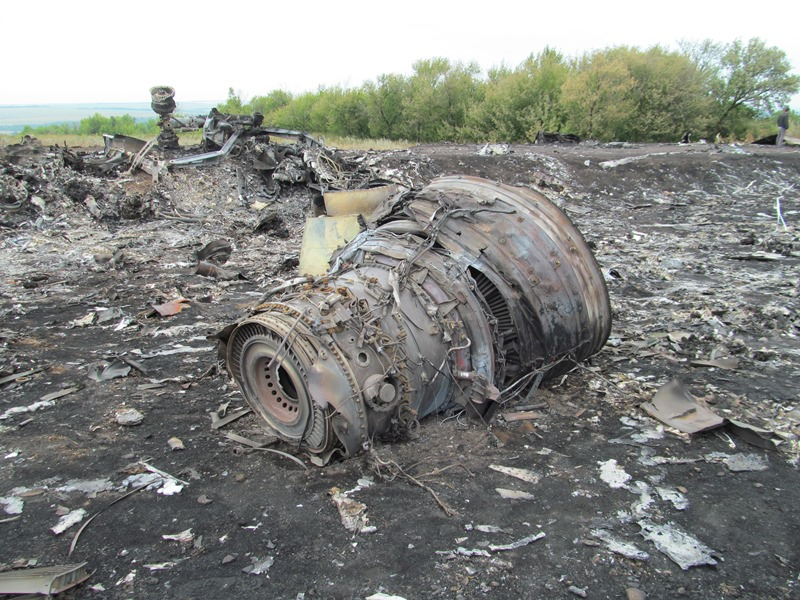 MH17 Ukraine Plane Crash: Additional Details Revealed (+Exclusive Photos from the Scene)