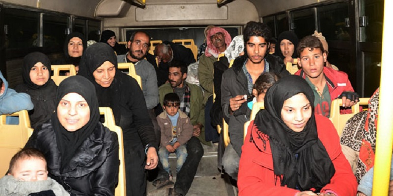 Over 4,000 Civilians Flee Militant-Held East Aleppo in Northern Syria