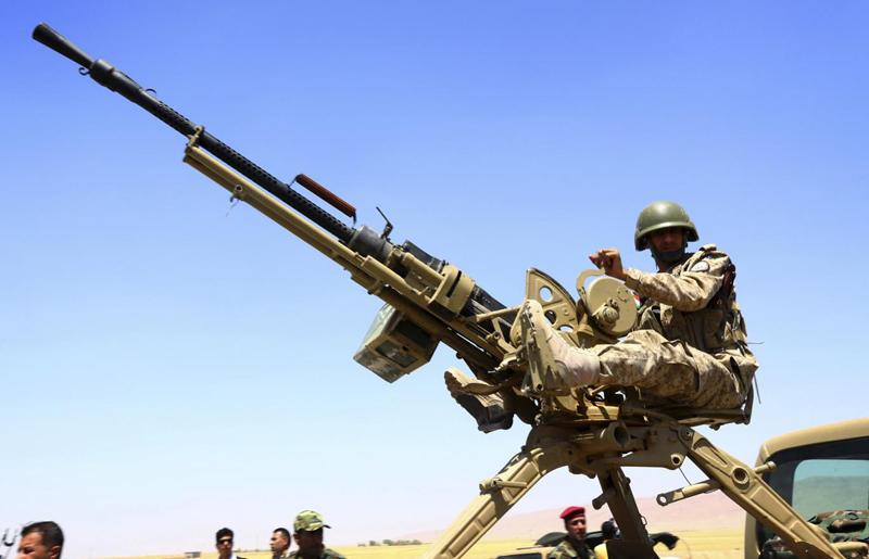 ISIS & Iraqi Forces Use 'Techincals' with Anti-Aircraft Guns Against Each Other