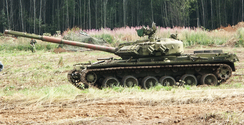 'Reactive' T-80BV Tanks Returning in Service in Russian Army