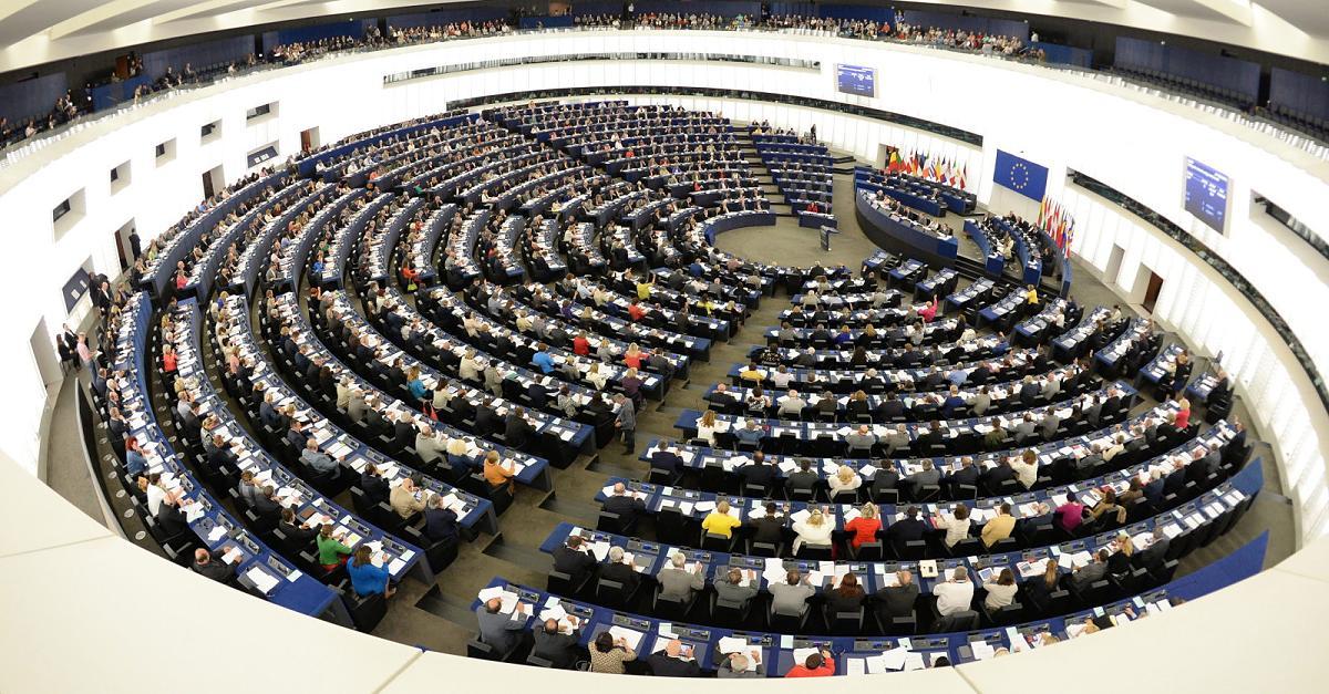 European Parliament Adopts Controversial Resolution on Combating 'Russian Propaganda'