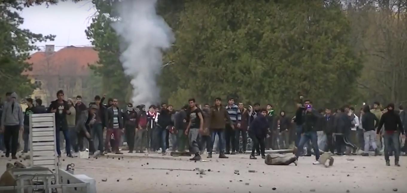 "Massive Riot Of ""Refugees"" In Bulgaria - Injured Policemen (Video)"