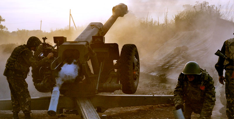 Intense Fighting Ongoing in All Key Sectors of Front in Eastern Ukraine
