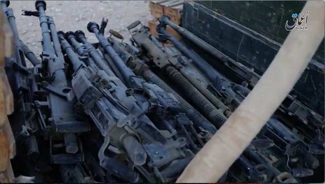 Russian Military Base Captured by ISIS Terrorists in Palmyra (Photo & Video)