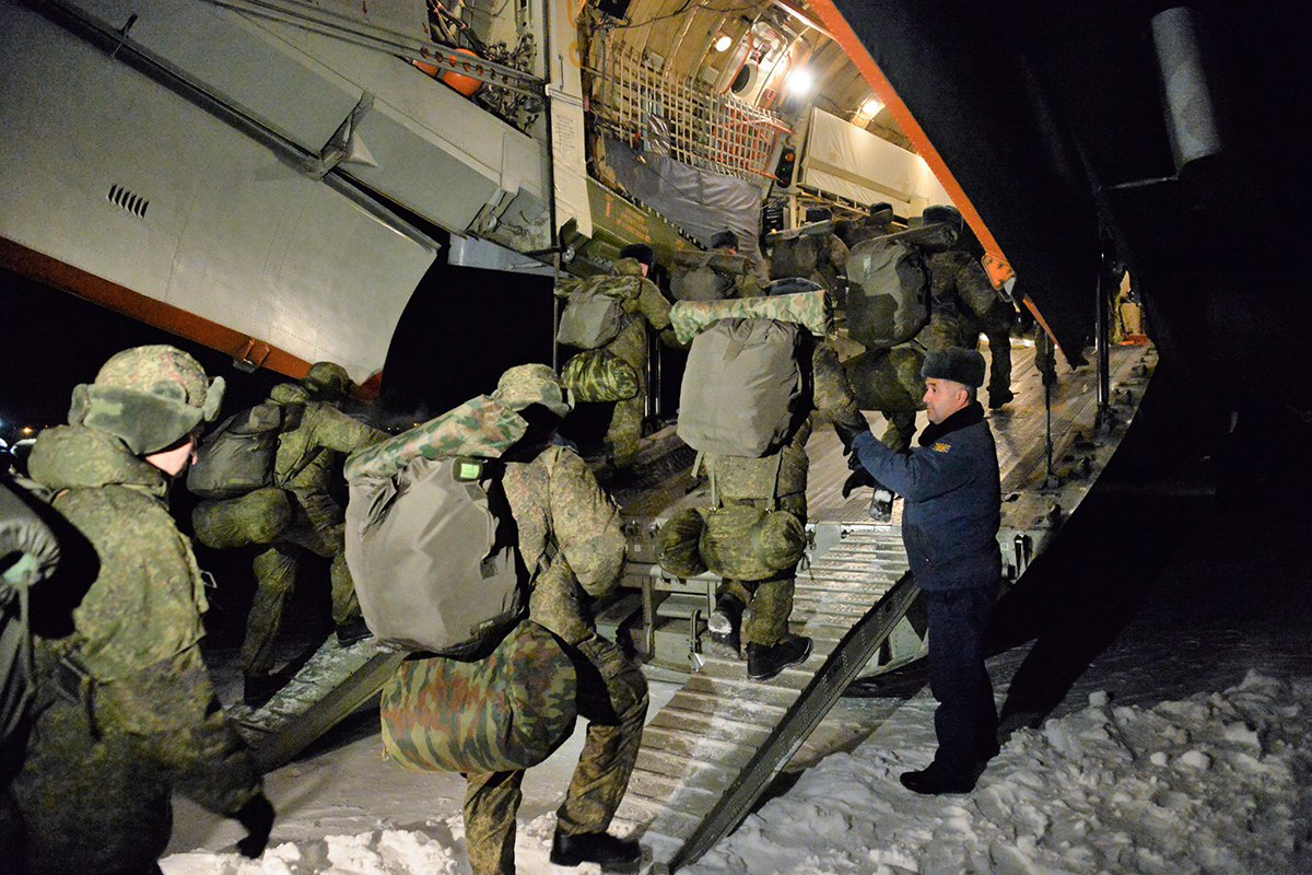 Russian Sappers Depart to Syria to Demine Aleppo (Photo & Video)