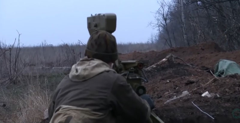 Heavy Clashes Erupt between Ukrainian Army & DPR Militias in Eastern Ukraine (Video)