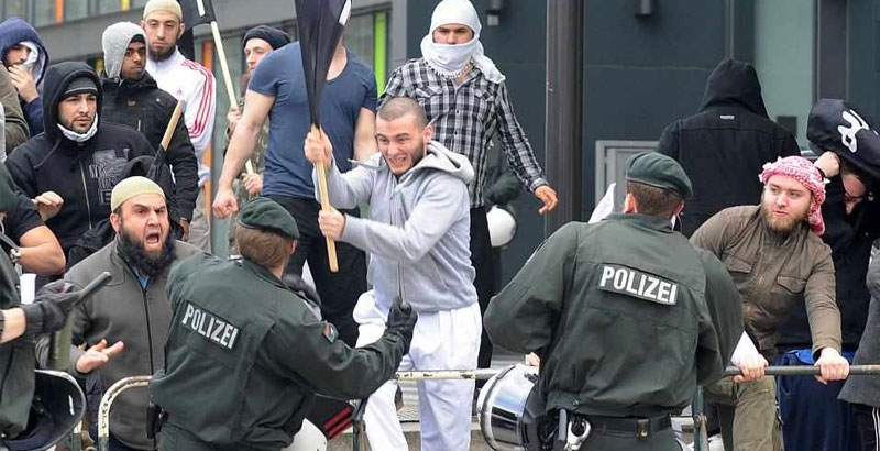Saudi Arabia, Kuwait & Qatar Support Islamist Radicals in Germany