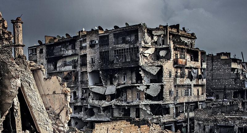 Russian Defense Ministry: Mass Burials of Dozens of Tortured Syrians Found in Aleppo