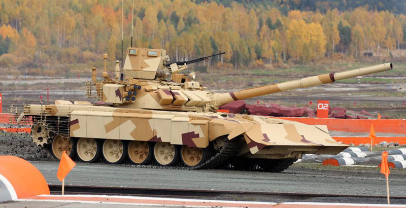 Russia Develops New Assault Tank on Basis of T-72