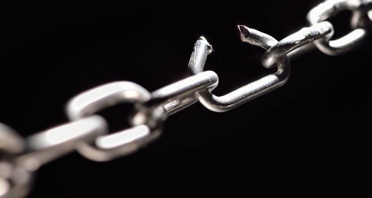 break-chain-freedom-crop-c0-5__0-5-750x400-70