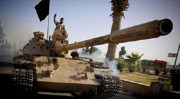 ISIS Moving Heavy Fighting Equipment From Iraq to Syria