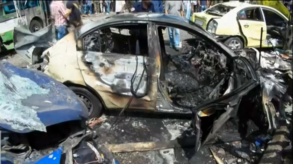 2 Suicide Bombers In Police Uniform Explode In Syria's Tartus After Firefight With Security Officers (Video)
