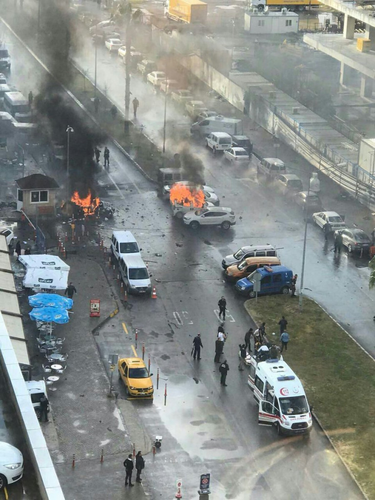 2 Killed In Car Bomb Attack And Gunfight In Turkey's Izmir (Photos, Videos)