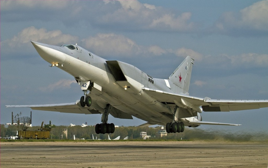 Russian Strategic Bombers Strike ISIS For 3rd Time In Deir Ezzor