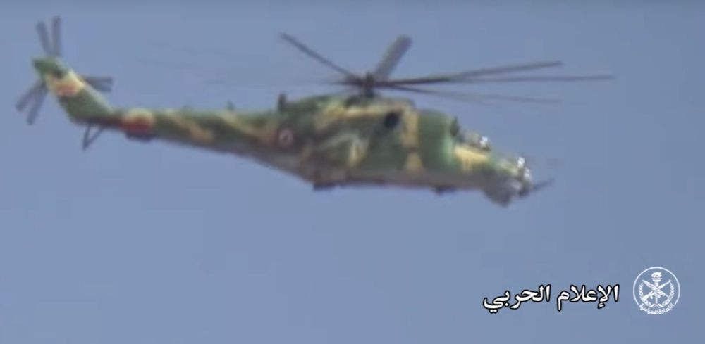 Attack Helicopters Support Syrian Army Advancing Against ISIS Near Palmyra (Video)