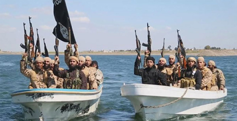 US-Coalition Airstrikes Destroy ISIS Boats Fleeing from Eastern Mosul