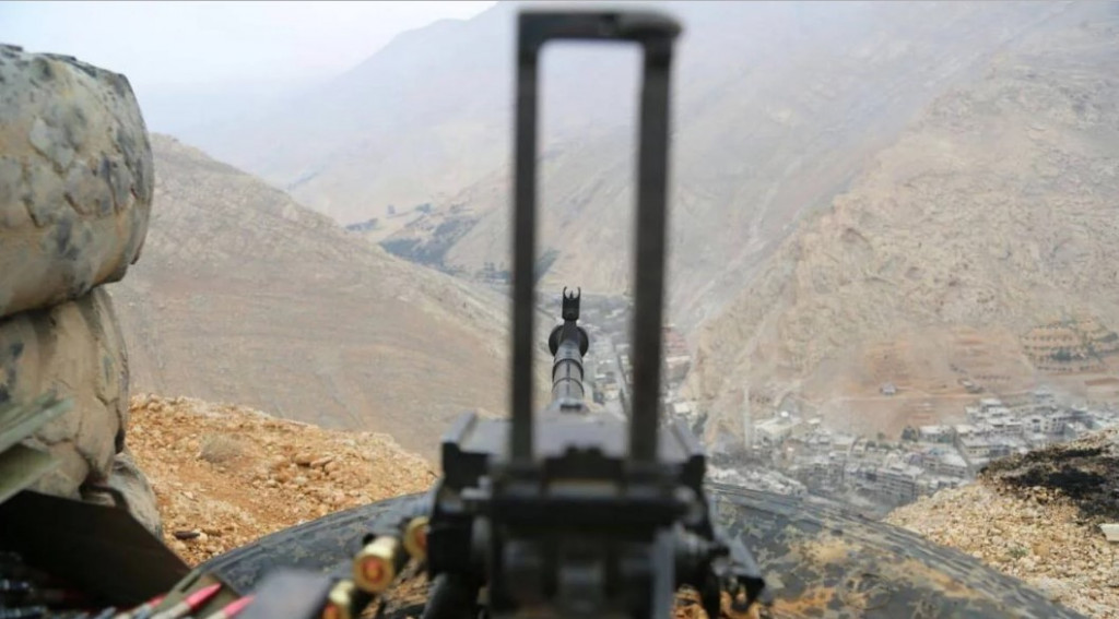 800 Militants And Members Of Their Families Leave Wadi Barada Area