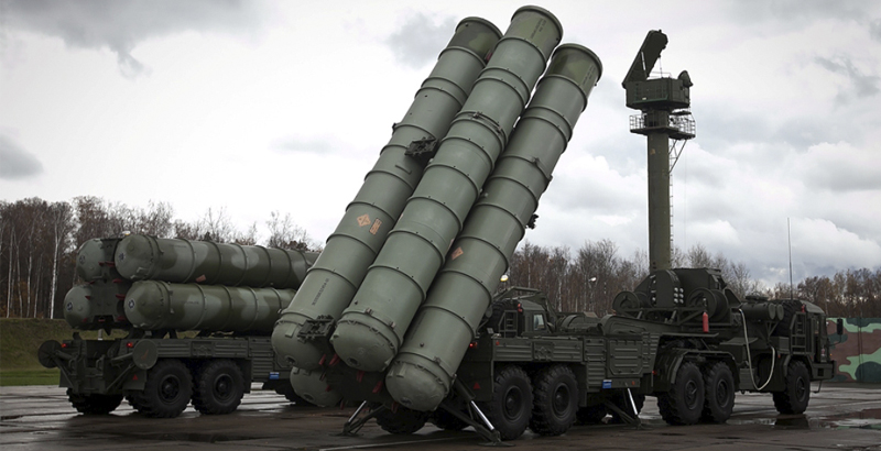 Russia Boosts Crimean Anti-Missile Shield with S-400 Systems