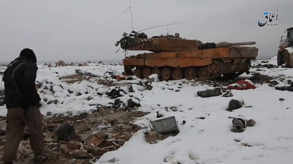 Turkish Leopard 2A4 Battle Tank captured by ISIS at al-Bab