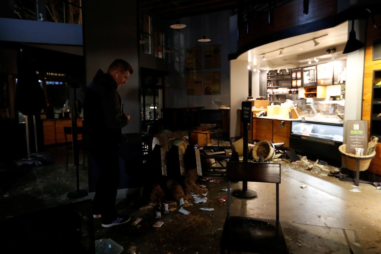 Donald Trump Threatens to Yank UC Berkeley Funds after Violent Protesters Cancel Journalist's Speech