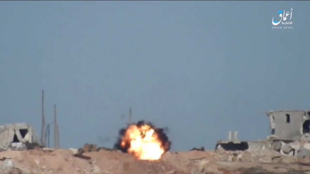 ISIS Targets Another Turkish Tank With Guided Missile, Pushes Pro-Turkish Forces From Al-Bab (Photos)