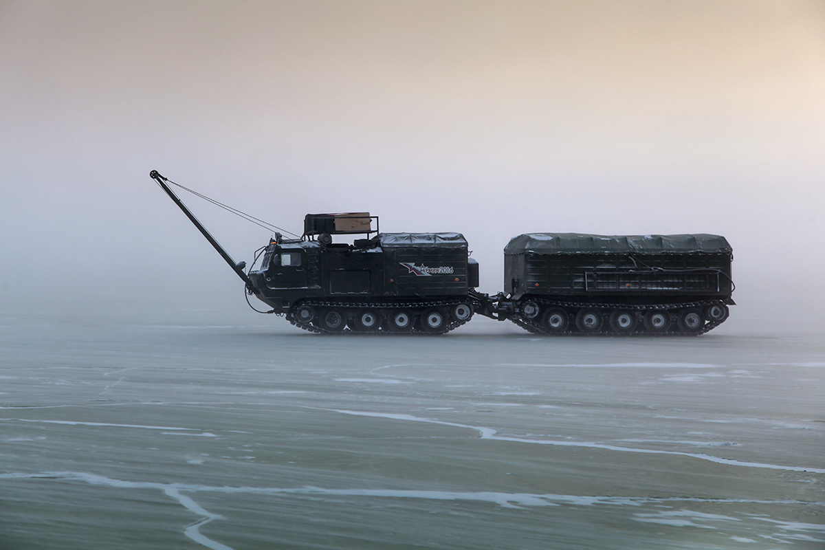 Russian Military Tests New Models of Military Hardware in Arctic (Photo & Video)