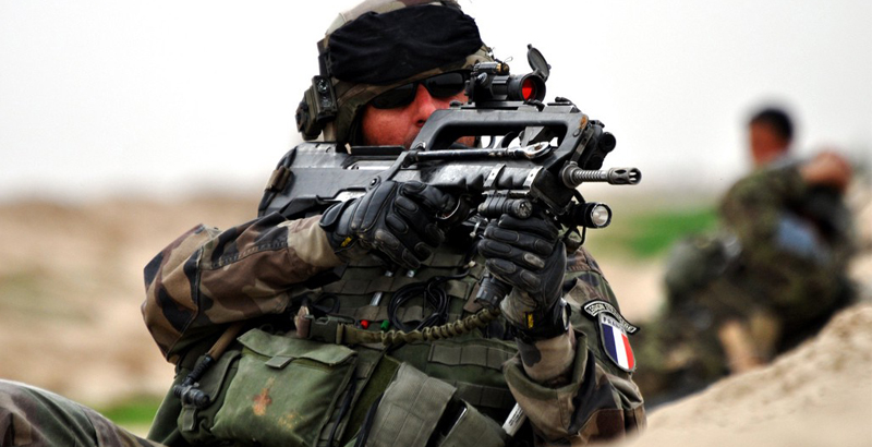 Unknown Persons Steal 2 FAMAS Assault Rifles from French Military Servicemen