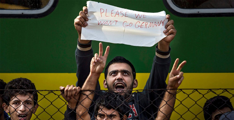 Germany Pays €1,200 to Immigrants for Their Return to Homeland