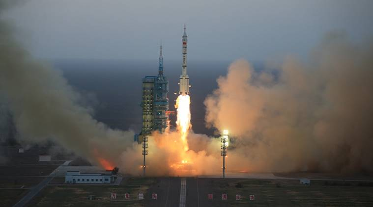 China To Develop Satellite-Delivery Rockets Released From Airplanes