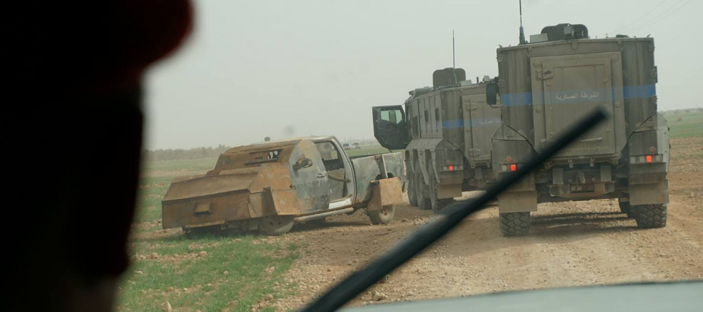 More Photos Of Russian Troops And Equipment Near Manbij