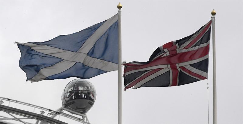 Breaking News: Kremlin Is Behind Second Referendum on Scottish Independence