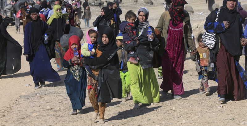 ISIS Terrorists Try to Blend with Civilians Fleeing from Besieged Mosul