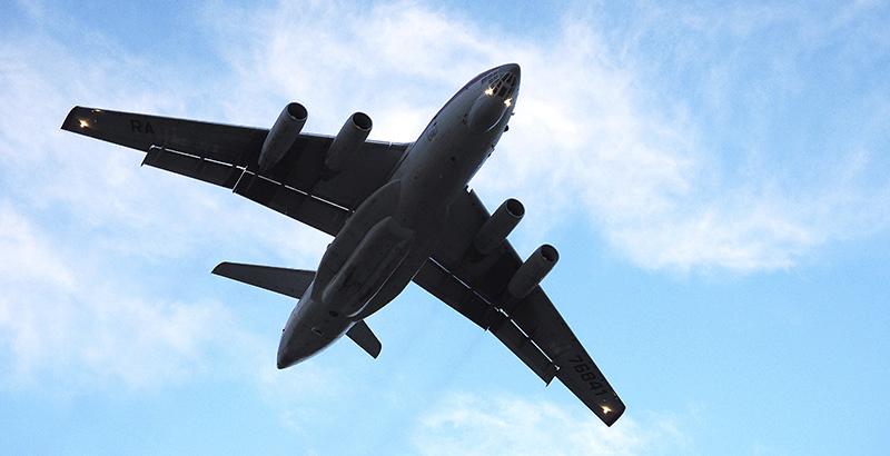 Russian Il-76 Transport Planes Build Air Bridge to Deir ez-Zor