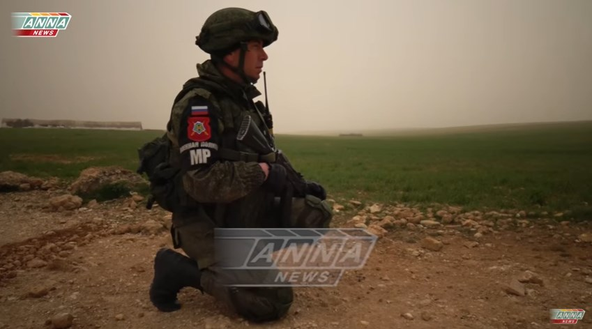 Russian Sappers Demining Roads Between Areas Controlled By Syrian Army and SDF (VIdeo)