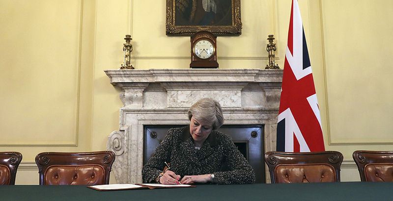 UK Prime Minister Signs Letter Notifying Brussels on Brexit's Launch