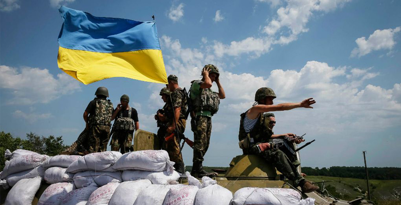 Ukrainian Army Loses 15 Soldiers in Clashes in Donbass