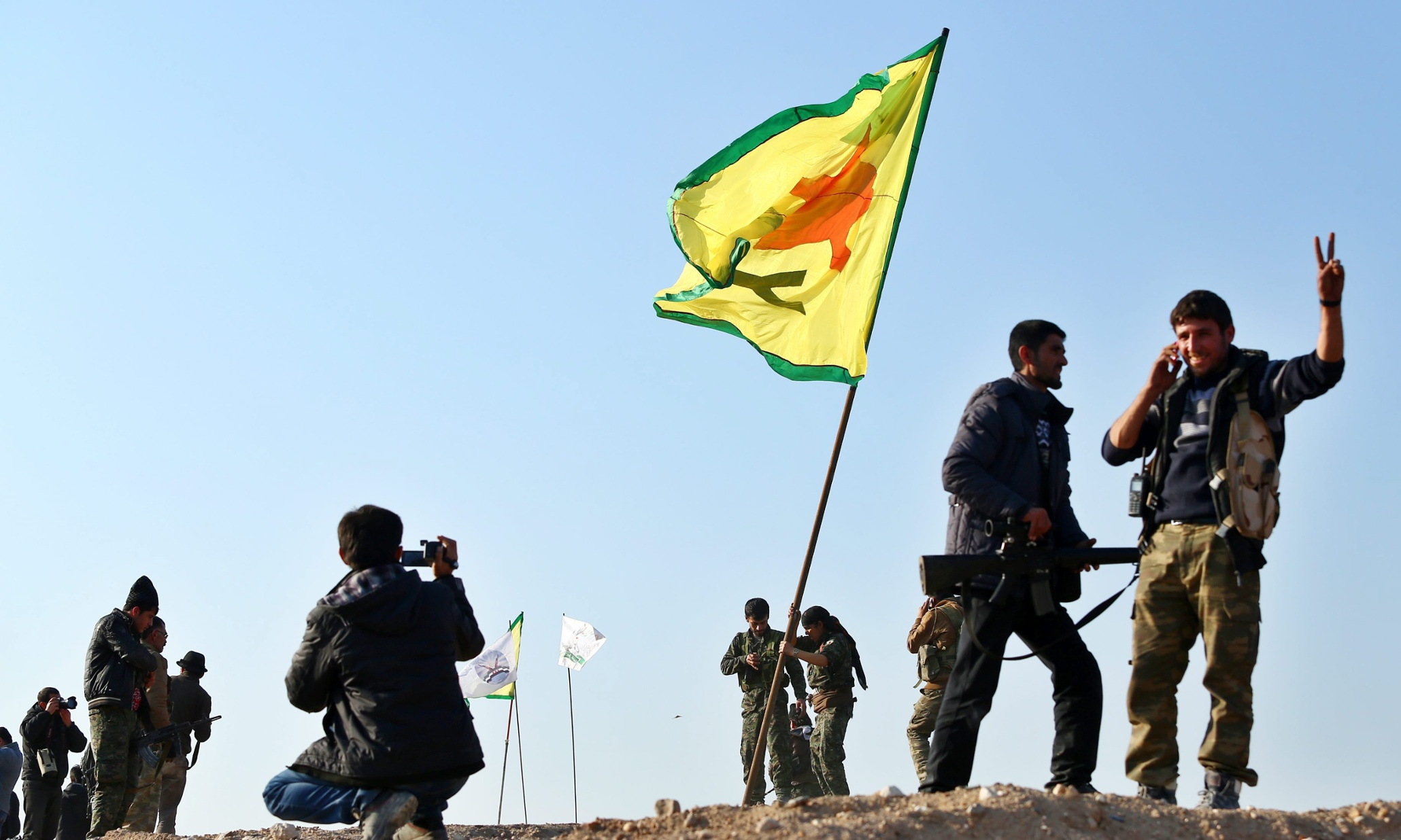 Recent Kurdish-Turkish Escalation Delays US-backed Operations Against ISIS Near Raqqah