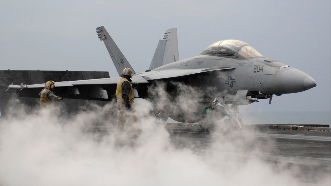 F-18 From USS Carl Vinson Aircraft Carrier Crashes Off Philippines