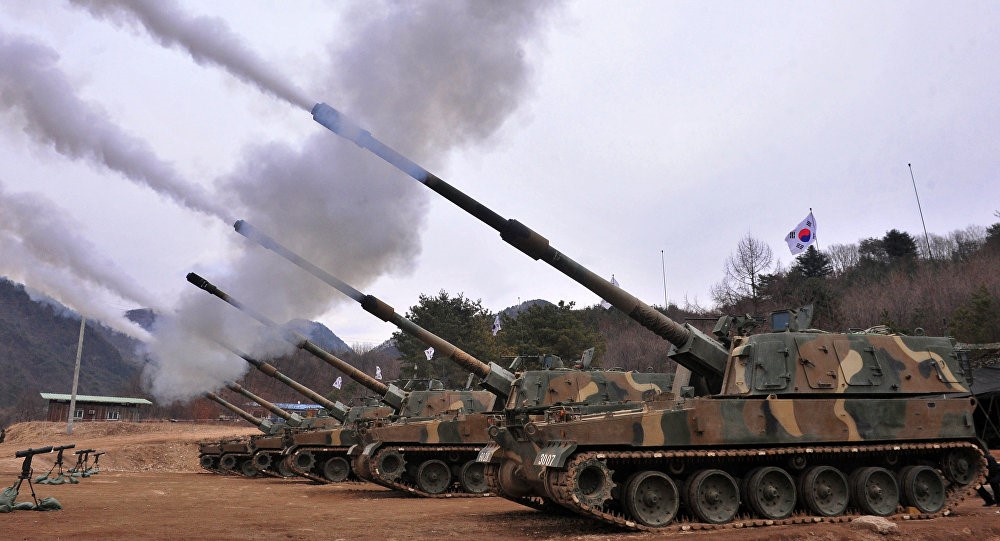 A battery of K9 Thunder SP-ARTY fires during training exercises. Although the ROK lacks the numbers achieved by the DPRK in units of artillery, greater accuracy and rate of fire greatly reduce any advantage in numbers. Greater mobility also renders the ROK less vulnerable to counter-battery fire.