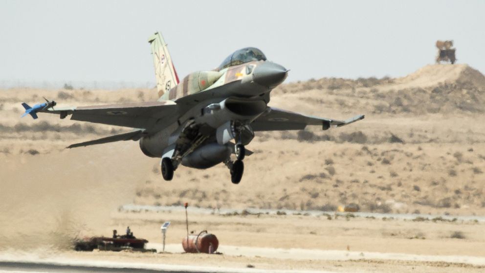 Reports About Israeli Air Strikes Against Syrian Army In Quneitra. MSM Claims Russian S-300 Destroyed