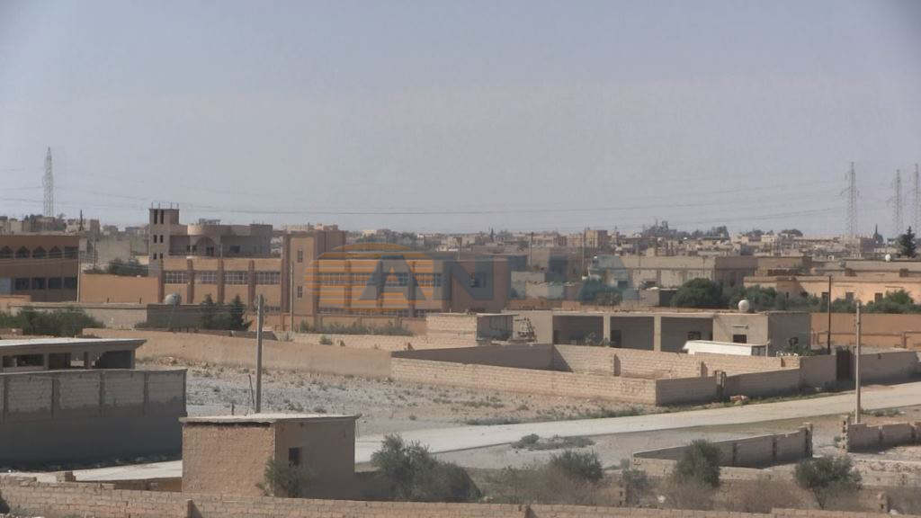 US-backed Forces Open Corridor For Civilians In Tabqa, Negotiate With ISIS To Allow Terrorists Withdraw