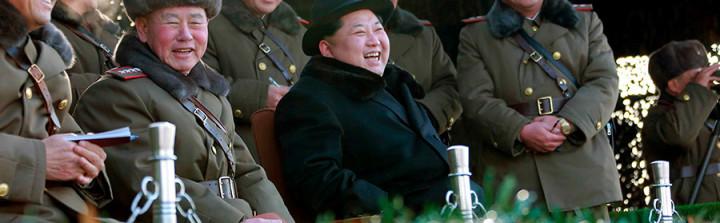 North Korean leader Kim Jong Un guides Korean People's Army (KPA) military drills © KCNA / Reuters